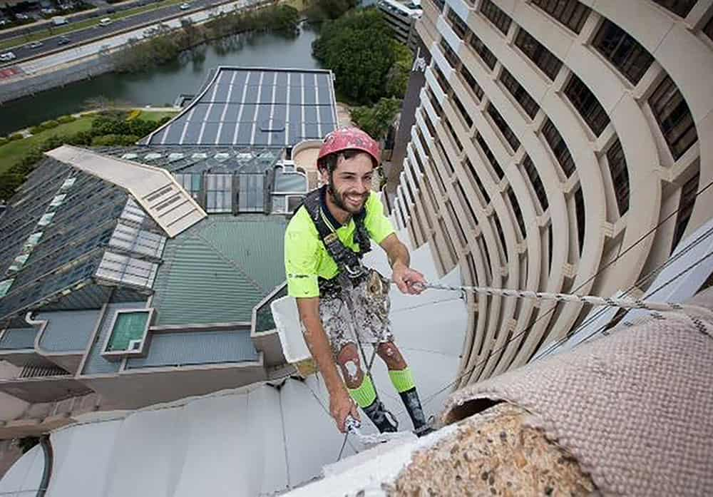 The-Star-Abseiling-Usher